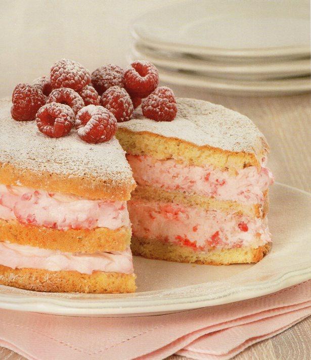 ahududulu ve kremalı ceneviz keki