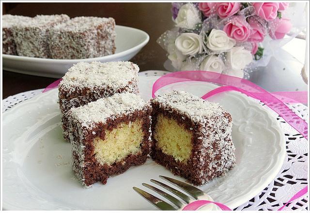 hindistan cevizli lokumlu kek tarifi