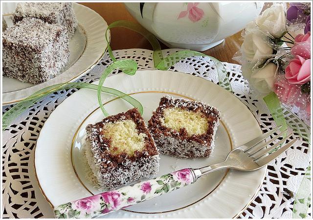 hindistan cevizli lokumlu kek