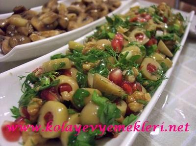Cevizli Zeytin Salatası Tarifi