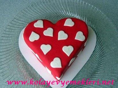 Romantik Aşk Pastası