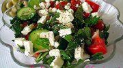 Peynirli Salata Tarifi
