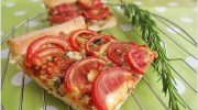 Dilim Domatesli Pizza Tarifi