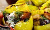 Bayat Ekmekli Sebzeli Biber Dolması Tarifi