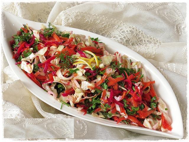 Kırmızı Pancarlı Kış Salatası Tarifi Oktay Usta Yapılışı En Kolay Yemek Tarifleri Pratik Resimli Videolu Anlatımlı Malzemeleri