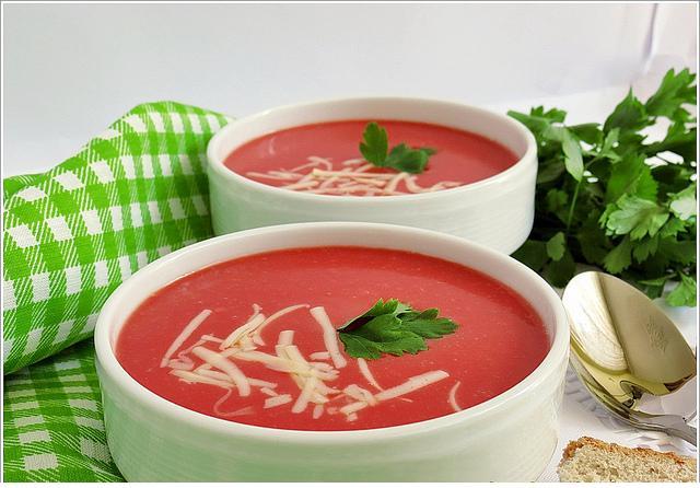 kaşarlı kırmızı pancar çorbası