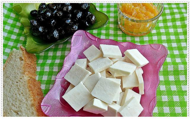kahvaltılar için evde peynir yapımı