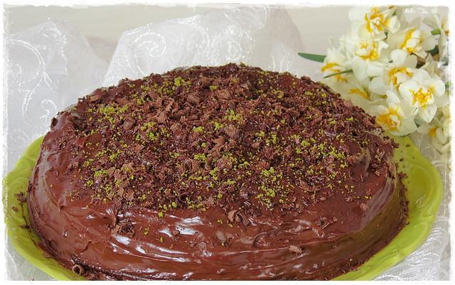 tavada kekli yaş pasta
